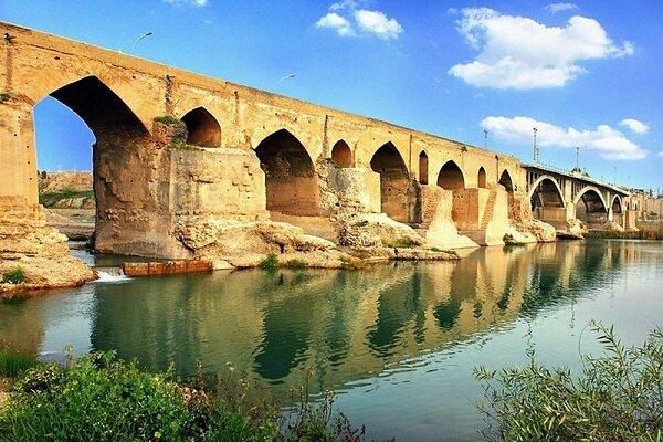 Dünyanın en eski sabit köprüsü: Dezful Eski Köprüsü