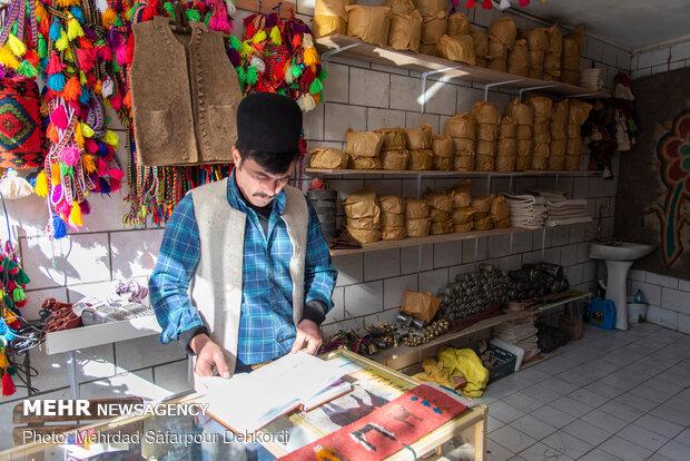 Felt weaving in Shahrekord