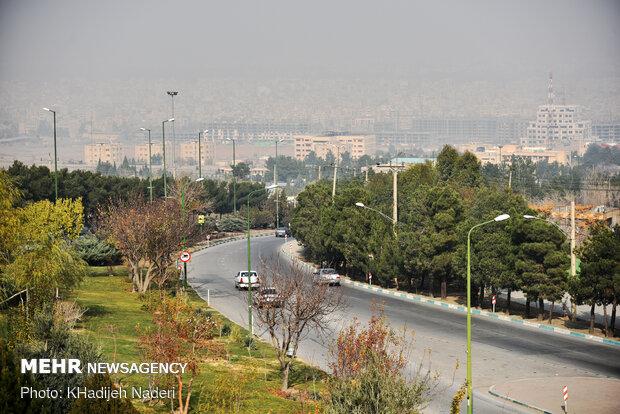 شاخص هوای اصفهان در۷ایستگاه بر مدار قرمز ونارنجی/۷ایستگاه قطع است
