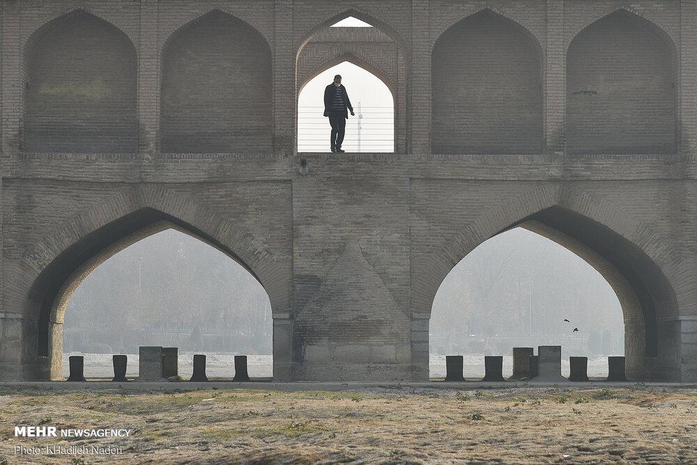 آلودگی هوا در اصفهان اوج گرفت / شاخص کیفی ۱۸۸