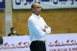 فدراسیون والیبال از تیمها حمایت کند نه درآمدزایی/ مشکلات برگزاری لیگ در تهران