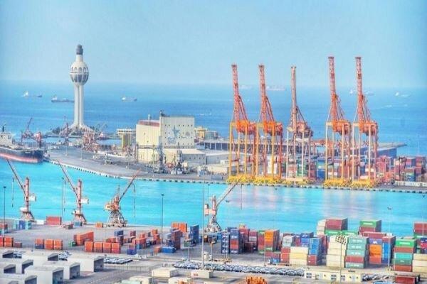 Explosion strikes tanker off Saudi port of Jeddah