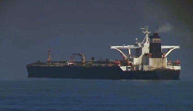 التحالف يمنع وصول سفن الوقود