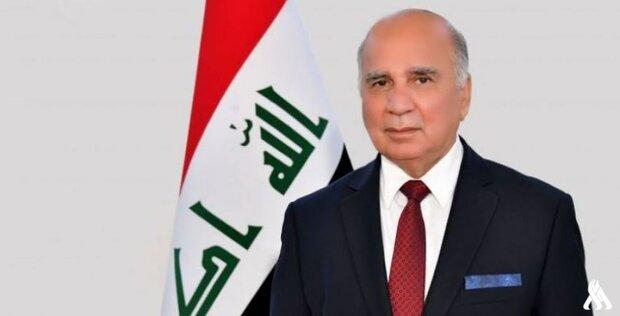 وزير الخارجية العراقیة يسلم أمير الكويت رسالة من الكاظمي