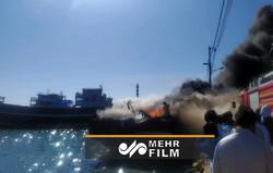 VIDEO: 3 fishing vessels go on fire in SE Iran