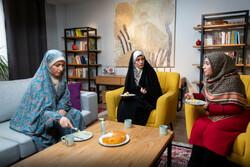 بررسی معضلات «مامانها» با آموزش مجازی فرزندان