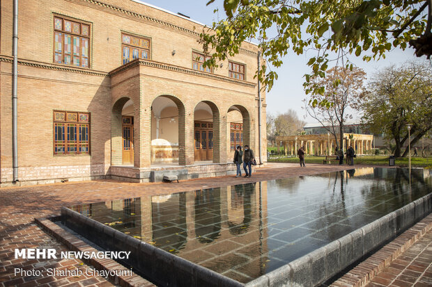 تور ویژه عکاسان خبری از باغ وثوقالدوله تهران