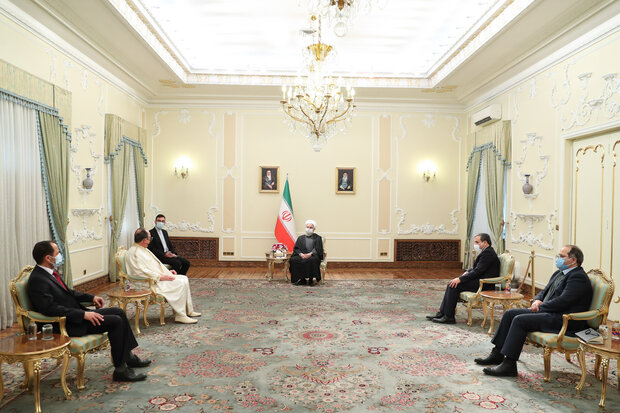 Pres. Rouhani receives credentials of 7 new envoys (+Details)
