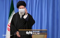لحظه ورود رهبرانقلاب در دیدار خانواده شهید سلیمانی