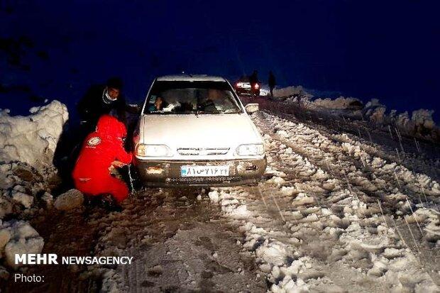 هلال احمر خوزستان به ۲۵۱ نفرمتاثر ازباران و برف امداد رسانی کرد