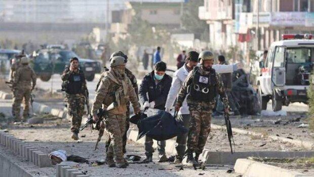 استشهاد وإصابة نحو 35 مدنيًا في انفجار وسط أفغانستان