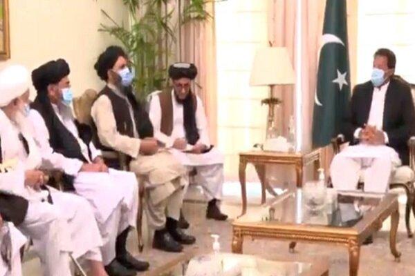 طالبان دہشت گرد تنظیم کے سیاسی وفد کی پاکستان کے وزیر اعظم سے ملاقات