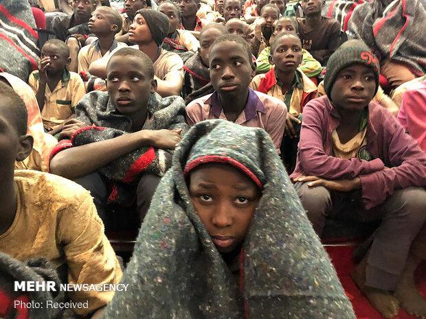 مصادر أمنية: مسلحون يخطفون مئات الطلاب في نيجيريا