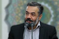 محمود کریمی در حرم امام رضا (ع) مناجات شعبانیه می خواند