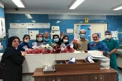 یلدای ایران کیشی در کنار پرستاران و کادر درمان