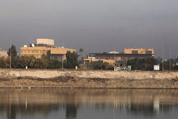 السفارة الأمريكية في بغداد تحولت لثكنة عسكرية ولا بد من نقلها