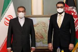 ایران کی اعلی قومی سلامتی کے سکریٹری سے افغان قومی سلامتی کے مشیر کی ملاقات