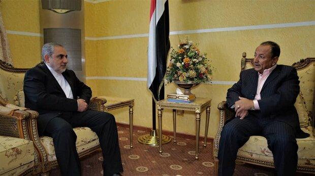 دراسة النهوض بالقطاع السياحي بین یدي القائم بأعمال وزير السياحة والسفير الإيراني لدى اليمن