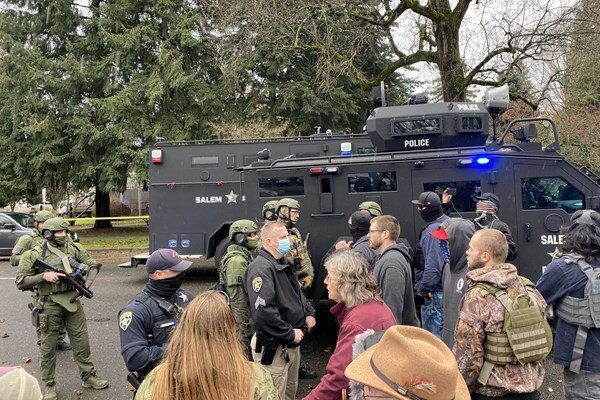 American protestors attempt to storm Oregon State Capitol