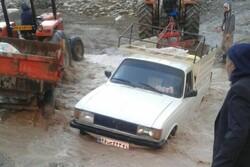 معضل راه دسترسی ۵ روستای «معمولان»/ ارتباطی که با بارش باران قطع میشود