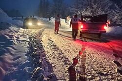 امداد رسانی به ۱۱۸فرد گرفتار شده در برف و کولاک در آذربایجان غربی