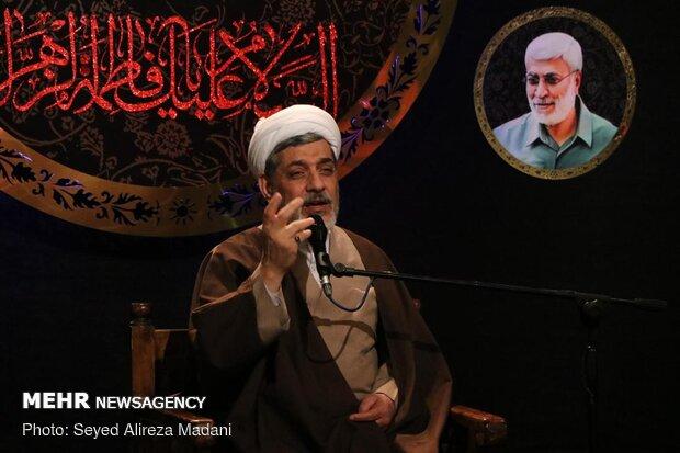 Tahran'da Hz. Fatımatüz Zehra (s.a) için matem merasimi