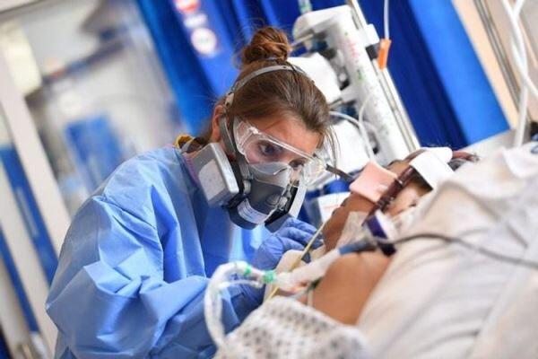 برطانیہ میں کورونا وائرس سے متاثرہ افراد کی تعداد میں ریکارڈ اضافہ
