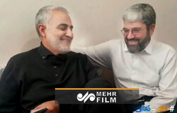 بدون تعارف با دوست ۳۵ ساله حاج قاسم