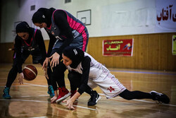 پیروزی گروه بهمن در اولین دیدار نیمهنهایی