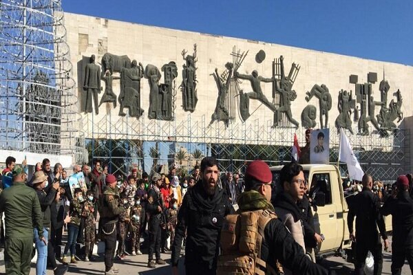 Iraqis hold rally to commemorate martyrs of resistance