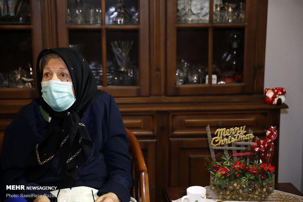 دیدار نماینده ولی فقیه در بنیاد شهید با خانواده شهید ارمنی