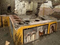 کشف اغذیه فروشی خیابانی دو هزار ساله در رم باستان