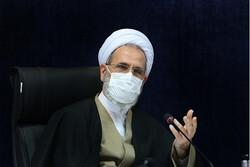 مدیر حوزههای علمیه کشور به سردار شهید سلیمانی ادای احترام کرد