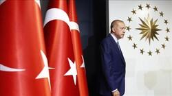 """""""Erdoğan konuştu; Türkiye iki saatte 112 milyar fakirleşti"""""""