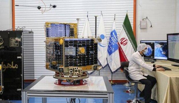 القمر الإصطناعي الايراني 'ظفر 2' جاهز للاطلاق