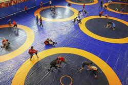مصارع ايراني يتأهل إلى مرحلة تصنيف الوزن 72 كغ