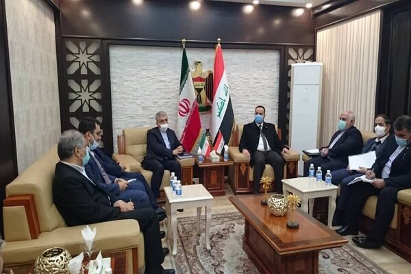 Tehran, Baghdad discuss economic, trade coop.