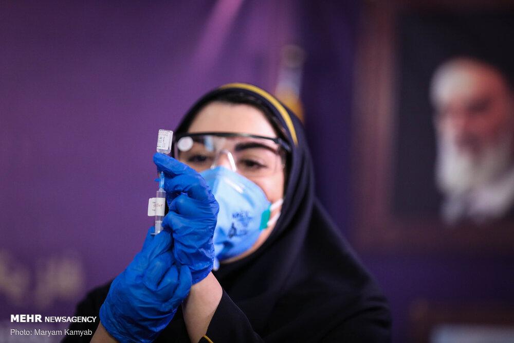 تزریق واکسن کرونای ایرانی به ۴ نفر دیگر تا فردا/ پاسخ به شبهات «واکسن نما»