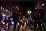 ABD'de polis şiddetine karşı protestolar devam ediyor