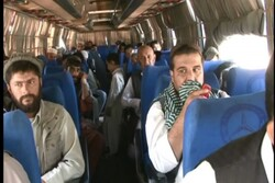مهاجمین مسلح اتوبوس حامل مسافران افغان را ربودند