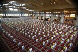 توزیع هزار و ۱۵۰ بسته معیشتی اهدایی آیت الله مکارم در سی سخت