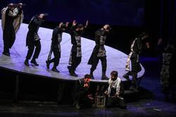 «سرباز» مهمان سیونهمین جشنواره تئاتر فجر میشود