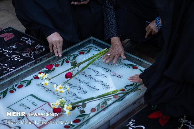 حال و هوای گلزار شهدای کرمان