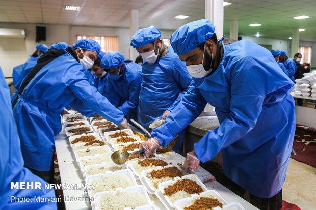 طرح «اطعام حسینی» با کمک ۳۰۰ آشپزخانه در فارس اجرا می شود