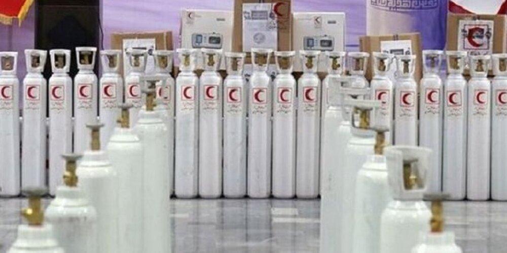 اهدای ۱۶۰۰ کپسول اکسیژن به بیماران کرونایی استان قم