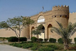 حریم قلعه ناصری ایرانشهر در معرض مخاطره است