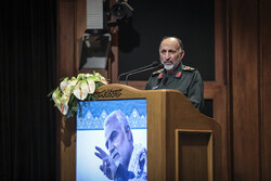 جنرل حجازی کی موجودگی میں شہید سلیمانی کی پہلی برسی منعقد