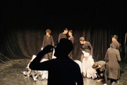 «عزا» بهار ۱۴۰۰ به صحنه میرود/ اجرای یک تئاتر سریالی