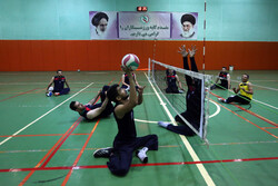 Men's sitting volleyball team holding camp on Kish