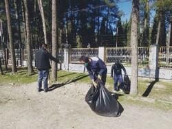 پاکسازی مسیر گردشگری میراث جهانی تخت جمشید از زباله